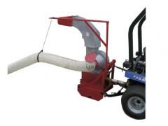Aspirateur de feuilles adaptable sur tracteur